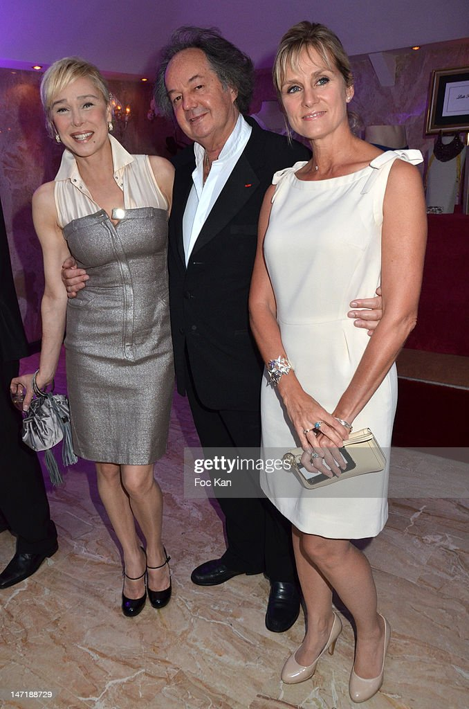 Alexandra Lorska, Gonzague St Bris and Edith Rebillon attend the Chateau de Saint Cloud Gala Auction Dinner at the Salons Hoche on June 26, 2012 in Paris, France.