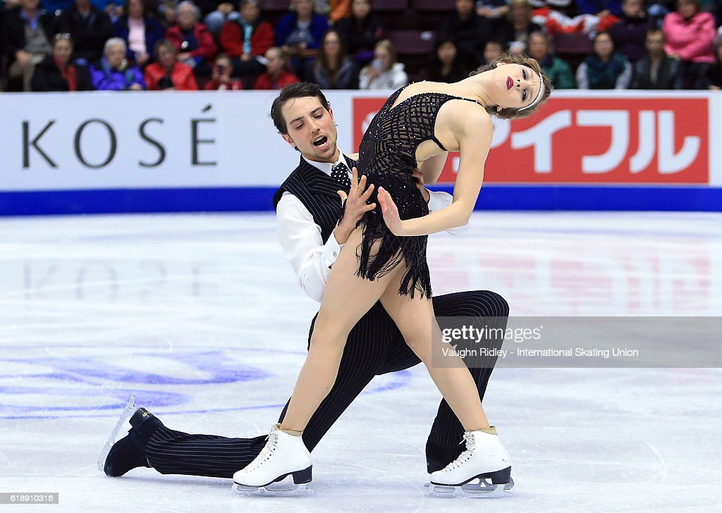 Alexandra Paul and Mitchell Islam of Canada compete in the Ice Dance Short Program during the ISU Grand Prix of Figure Skating Skate Canada International at Hershey Centre on October 28, 2016 in Mississauga, Canada.