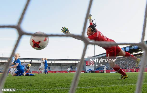 Alexandra Popp of Germany scores his team's first goal during the 2019 FIFA Women's World Championship Qualifier match between Germany and Iceland at...