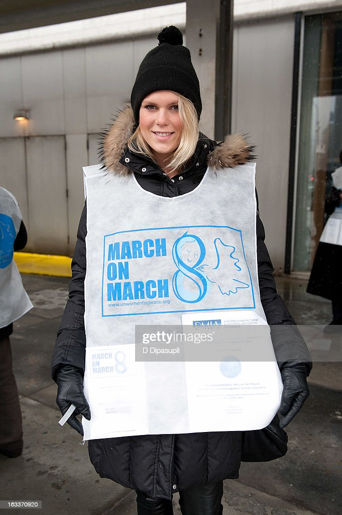<a gi-track='captionPersonalityLinkClicked' href=/galleries/search?phrase=Alexandra+Richards&family=editorial&specificpeople=213455 ng-click='$event.stopPropagation()'>Alexandra Richards</a> attends the March On March 8 at the United Nations on March 8, 2013 in New York City.