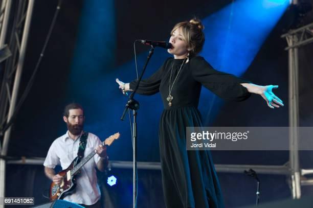 "Alexandra Savior - ""The Archer"" 10.01.2020. - Página 3 Alexandra-savior-performs-on-stage-during-primavera-sound-festival-2-picture-id691451082?s=612x612"
