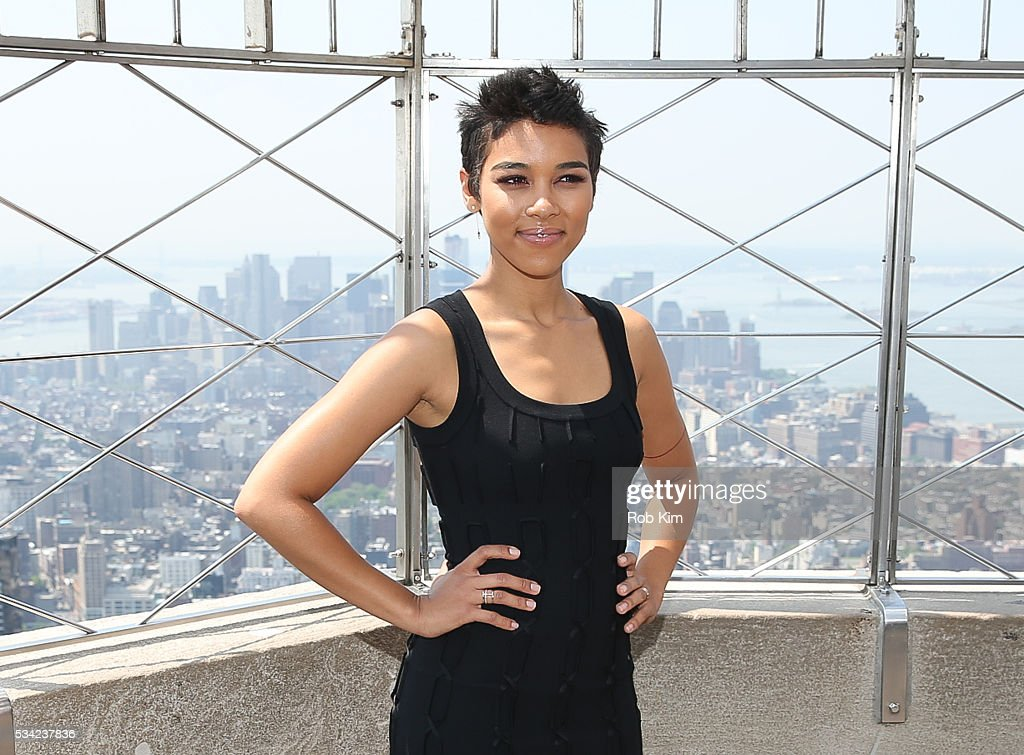<a gi-track='captionPersonalityLinkClicked' href=/galleries/search?phrase=Alexandra+Shipp&family=editorial&specificpeople=10012876 ng-click='$event.stopPropagation()'>Alexandra Shipp</a> of 'X-Men: Apocalypse' visits the Empire State Building on May 25, 2016 in New York City.