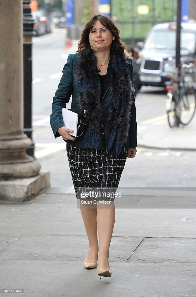 <a gi-track='captionPersonalityLinkClicked' href=/galleries/search?phrase=Alexandra+Shulman&family=editorial&specificpeople=215527 ng-click='$event.stopPropagation()'>Alexandra Shulman</a> attends a memorial service for former British Vogue Editor Beatrix Miller at St George's Church on April 28, 2014 in London, England. She died aged 90 in February 2014 was the editor of British Vogue from 1964 to 1986.