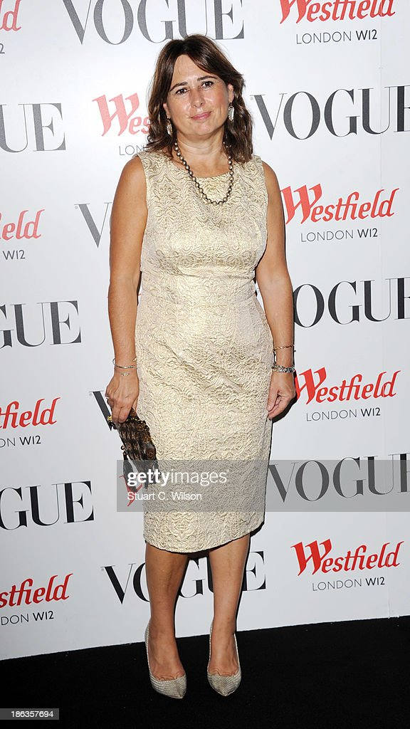 <a gi-track='captionPersonalityLinkClicked' href=/galleries/search?phrase=Alexandra+Shulman&family=editorial&specificpeople=215527 ng-click='$event.stopPropagation()'>Alexandra Shulman</a> attends the launch of the Vogue Pop Up Club as part of Westfield London's 5th birthday celebrations at Westfield on October 30, 2013 in London, England.
