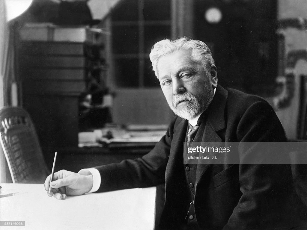 Alexandre <a gi-track='captionPersonalityLinkClicked' href=/galleries/search?phrase=Gustave+Eiffel&family=editorial&specificpeople=137072 ng-click='$event.stopPropagation()'>Gustave Eiffel</a>, french engineer and architect , on his desk, - about 1913