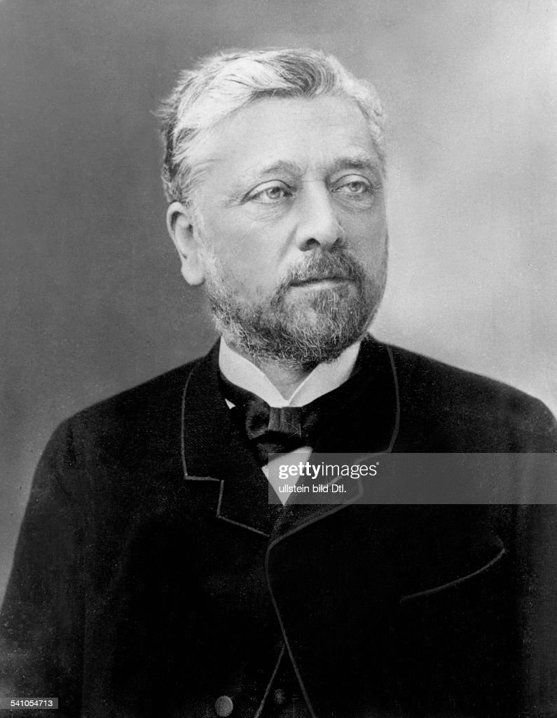Alexandre <a gi-track='captionPersonalityLinkClicked' href=/galleries/search?phrase=Gustave+Eiffel&family=editorial&specificpeople=137072 ng-click='$event.stopPropagation()'>Gustave Eiffel</a>french engineer and architect- about 1900