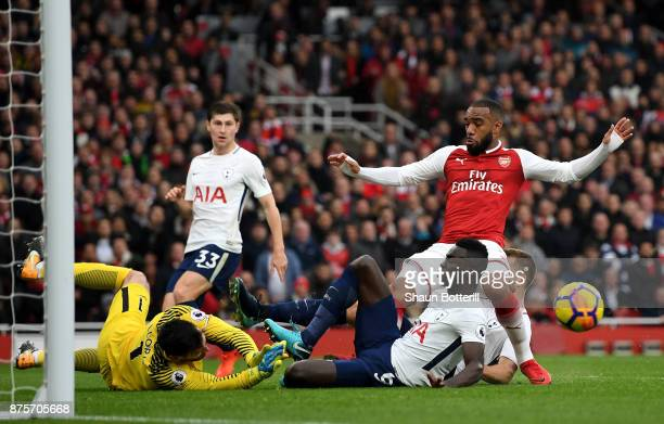 Alexandre Lacazette of Arsenal misses a chance during the Premier League match between Arsenal and Tottenham Hotspur at Emirates Stadium on November...