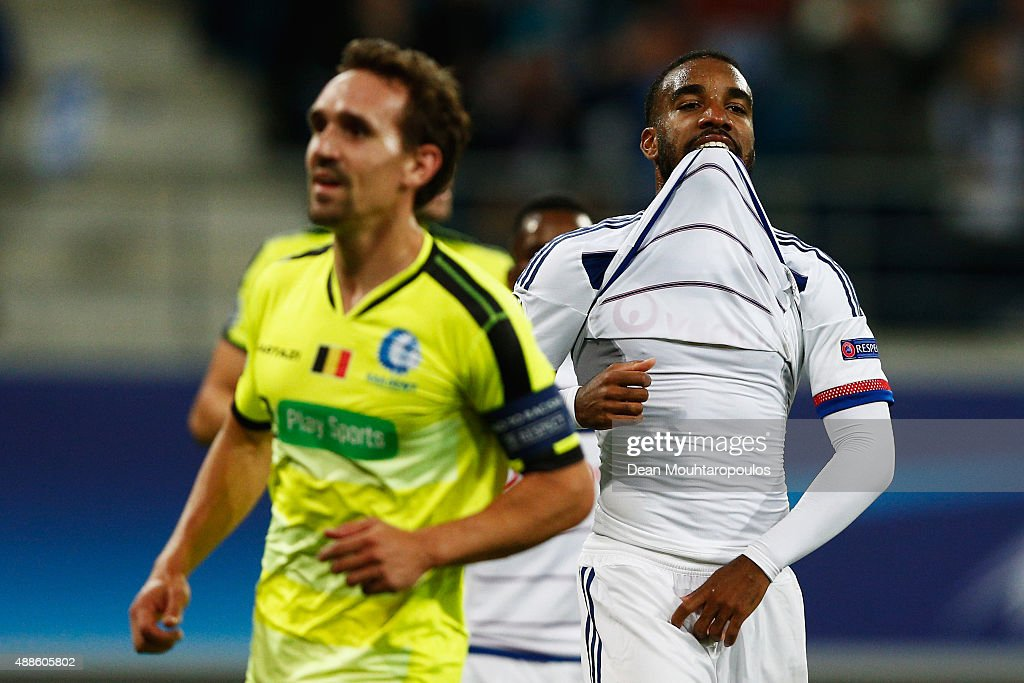 <a gi-track='captionPersonalityLinkClicked' href=/galleries/search?phrase=Alexandre+Lacazette&family=editorial&specificpeople=6927653 ng-click='$event.stopPropagation()'>Alexandre Lacazette</a> of Lyon reacts after missing a penalty in the final minutes during the UEFA Champions League Group H match between KAA Gent and Olympique Lyonnais held at Ghelamco Arena on September 16, 2015 in Gent, Belgium.