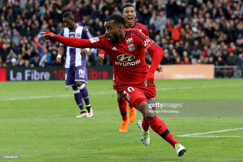 <a gi-track='captionPersonalityLinkClicked' href=/galleries/search?phrase=Alexandre+Lacazette&family=editorial&specificpeople=6927653 ng-click='$event.stopPropagation()'>Alexandre Lacazette</a> of Lyon reacts after scoring (2-1) during the French Ligue 1 match between Toulouse and Lyon at Stadium Municipal on April 23, 2016 in Toulouse, France.
