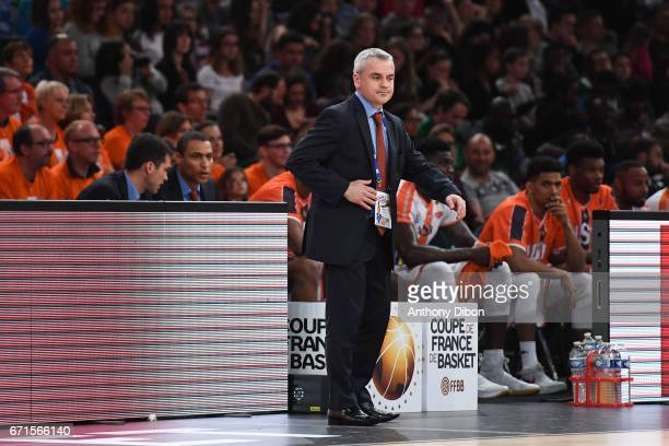 Alexandre Menard coach of Le Mans during the Final of the French Cup between Le Mans and JSF Nanterre at AccorHotels Arena on April 22 2017 in Paris...