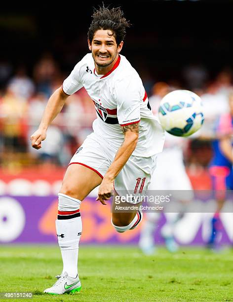 Alexandre Pato of Sao Paulo in action during the match between Sao Paulo and Sport Recife for the Brazilian Series A 2015 at Morumbi stadium on...