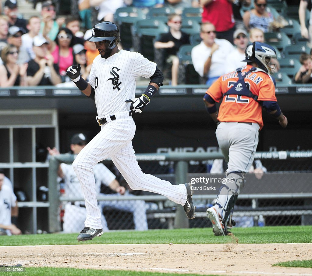Alexei Ramirez #10 of the Chicago White Sox scores against the Houston Astros during the sixth inning on July 20, 2014 at U.S. Cellular Field in Chicago, Illinois.
