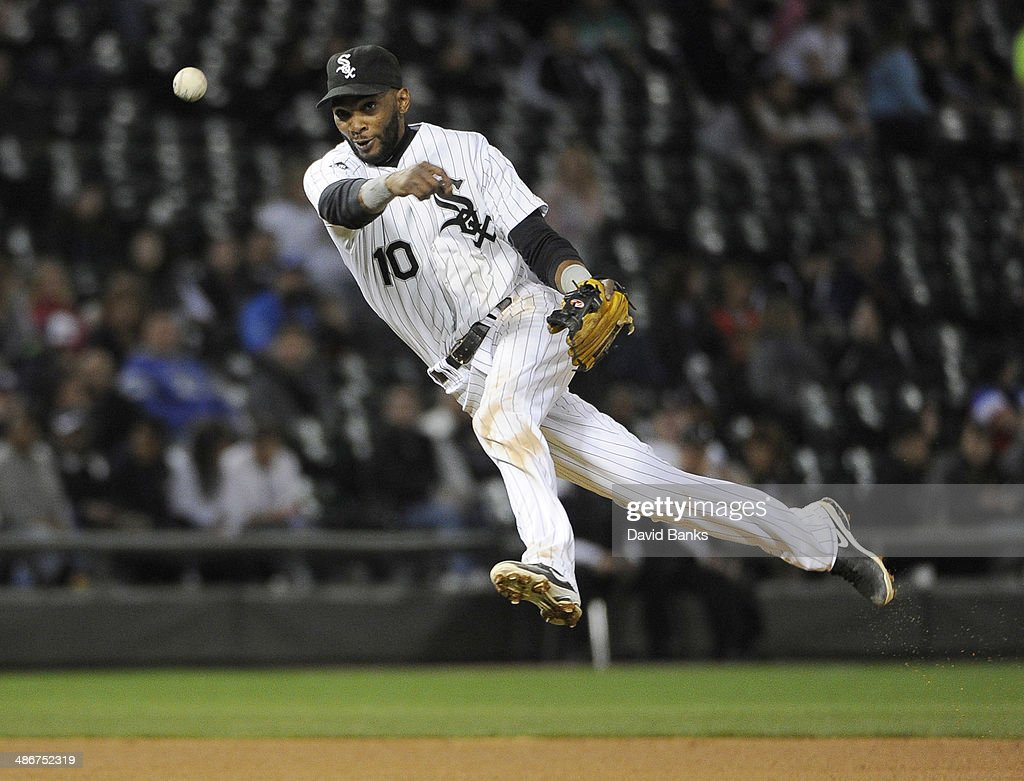 <a gi-track='captionPersonalityLinkClicked' href=/galleries/search?phrase=Alexei+Ramirez&family=editorial&specificpeople=690568 ng-click='$event.stopPropagation()'>Alexei Ramirez</a> #10 of the Chicago White Sox tries to make a play on an infield single by Ben Zobrist of the Tampa Bay Rays during the sixth inning on April 25, 2014 at U.S. Cellular Field in Chicago, Illinois.