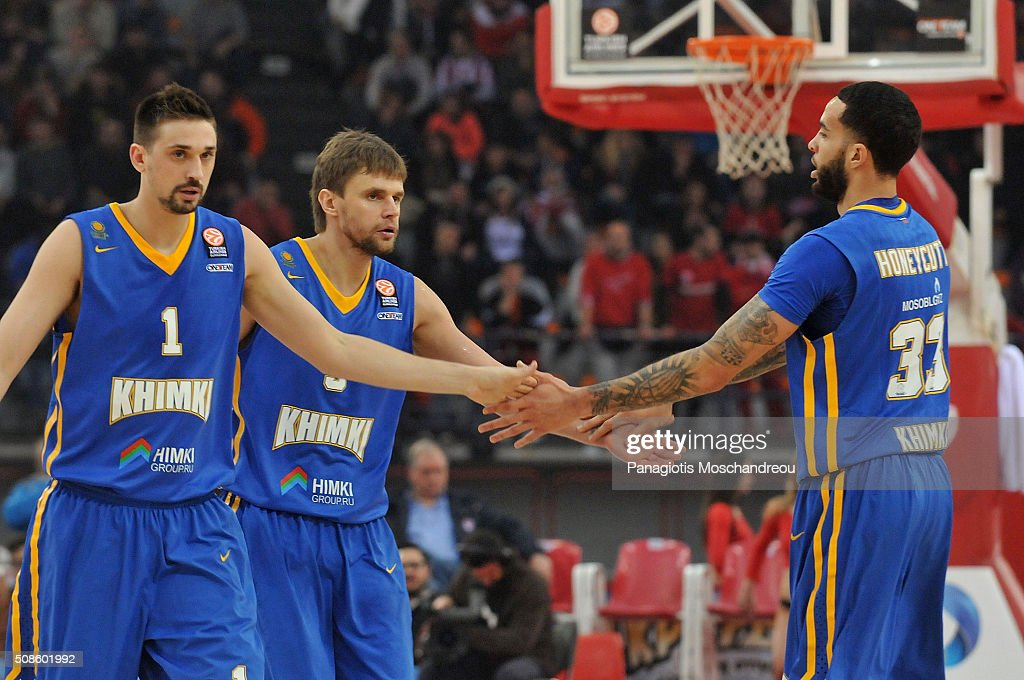 <a gi-track='captionPersonalityLinkClicked' href=/galleries/search?phrase=Alexey+Shved&family=editorial&specificpeople=5557761 ng-click='$event.stopPropagation()'>Alexey Shved</a>, #1, Egor Vyaltsev, #9 and <a gi-track='captionPersonalityLinkClicked' href=/galleries/search?phrase=Tyler+Honeycutt&family=editorial&specificpeople=6569188 ng-click='$event.stopPropagation()'>Tyler Honeycutt</a>, #33 of Khimki Moscow Region react during the Turkish Airlines Euroleague Basketball Top 16 Round 6 game between Olympiacos Piraeus v Khimki Moscow Region at the Peace and Friendship Arena on February 5, 2016 in Heraklion, Crete, Greece.