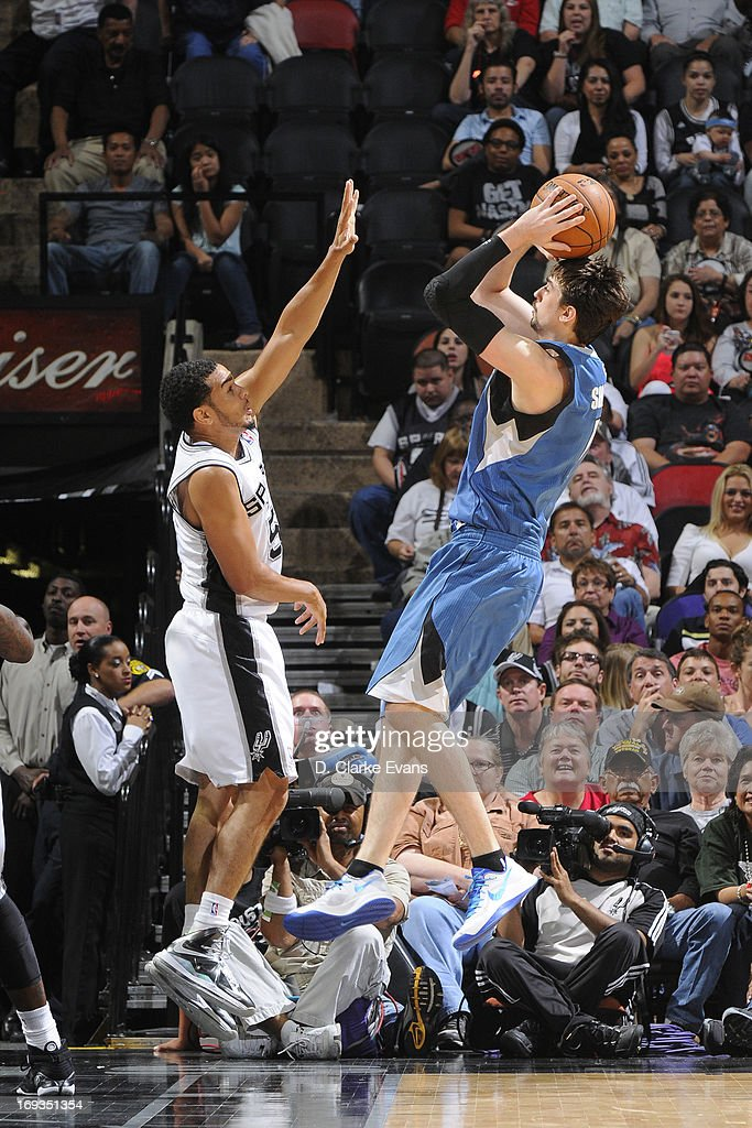 <a gi-track='captionPersonalityLinkClicked' href=/galleries/search?phrase=Alexey+Shved&family=editorial&specificpeople=5557761 ng-click='$event.stopPropagation()'>Alexey Shved</a> #1 of the Minnesota Timberwolves shoots the ball against the San Antonio Spurs on April 17, 2013 at the AT&T Center in San Antonio, Texas.