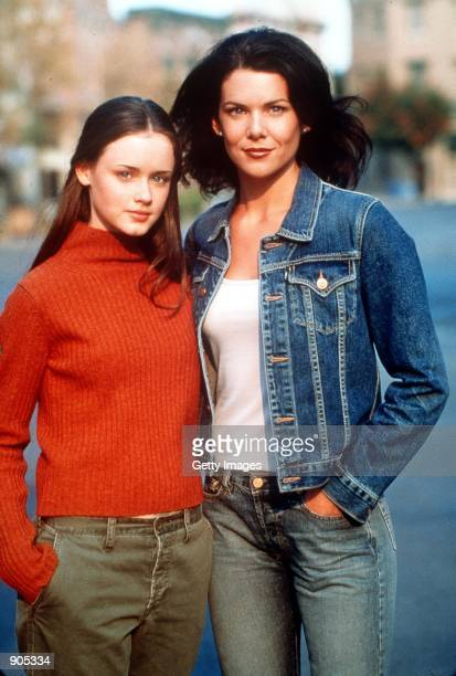Alexis Bledel and Lauren Graham star in Warner Bros TV series 'The Gilmore Girls'