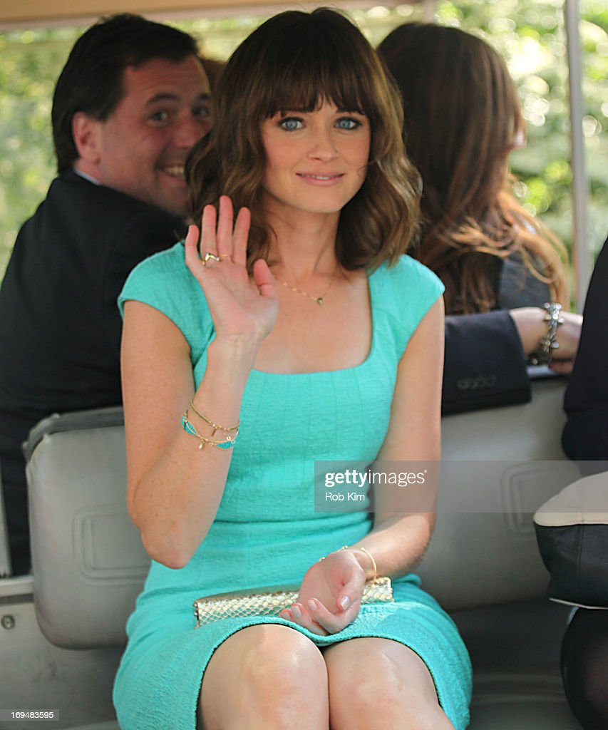 <a gi-track='captionPersonalityLinkClicked' href=/galleries/search?phrase=Alexis+Bledel&family=editorial&specificpeople=206123 ng-click='$event.stopPropagation()'>Alexis Bledel</a> attends FOX 2103 Programming Presentation Post-Party at Wollman Rink - Central Park on May 13, 2013 in New York City.