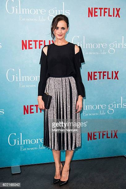 Alexis Bledel attends the 'Gilmore Girls' fan event at Admiralspalast on November 10 2016 in Berlin Germany
