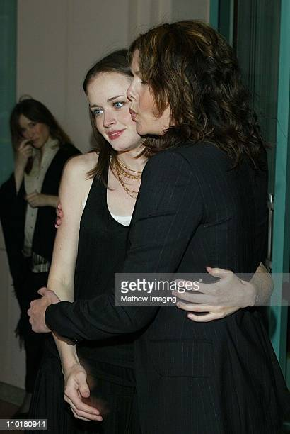 Alexis Bledel Lauren Graham during ACADEMY OF TELEVISION ARTS SCIENCES presents Behind the Scenes of 'Gilmore Girls' at Leonard H Goldenson Theatre...