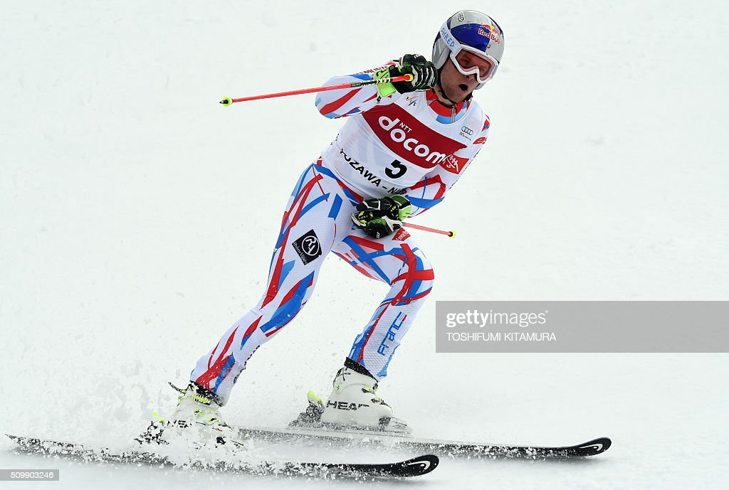 Alexis Pinturault of France clinches his fist after crossing the finish line during the FIS Ski World Cup 2015/2016 men's giant slalom second run in Naeba, Niigata prefecture on February 13, 2016. AFP PHOTO / TOSHIFUMI KITAMURA / AFP / TOSHIFUMI KITAMURA