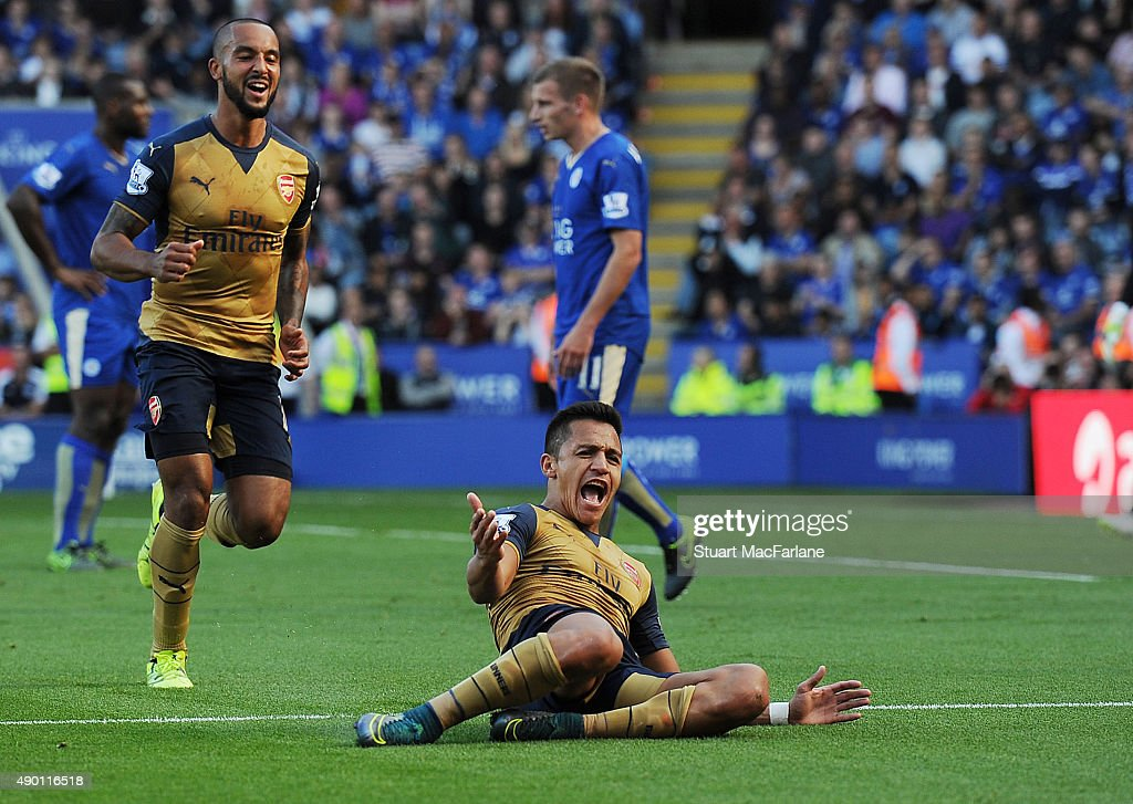 Alexis Sanchez celebrates scoring the 2nd Arsenal goal during the Barclays Premier League match between Leicester City and Arsenal on September 26, 2015 in Leicester, United Kingdom.