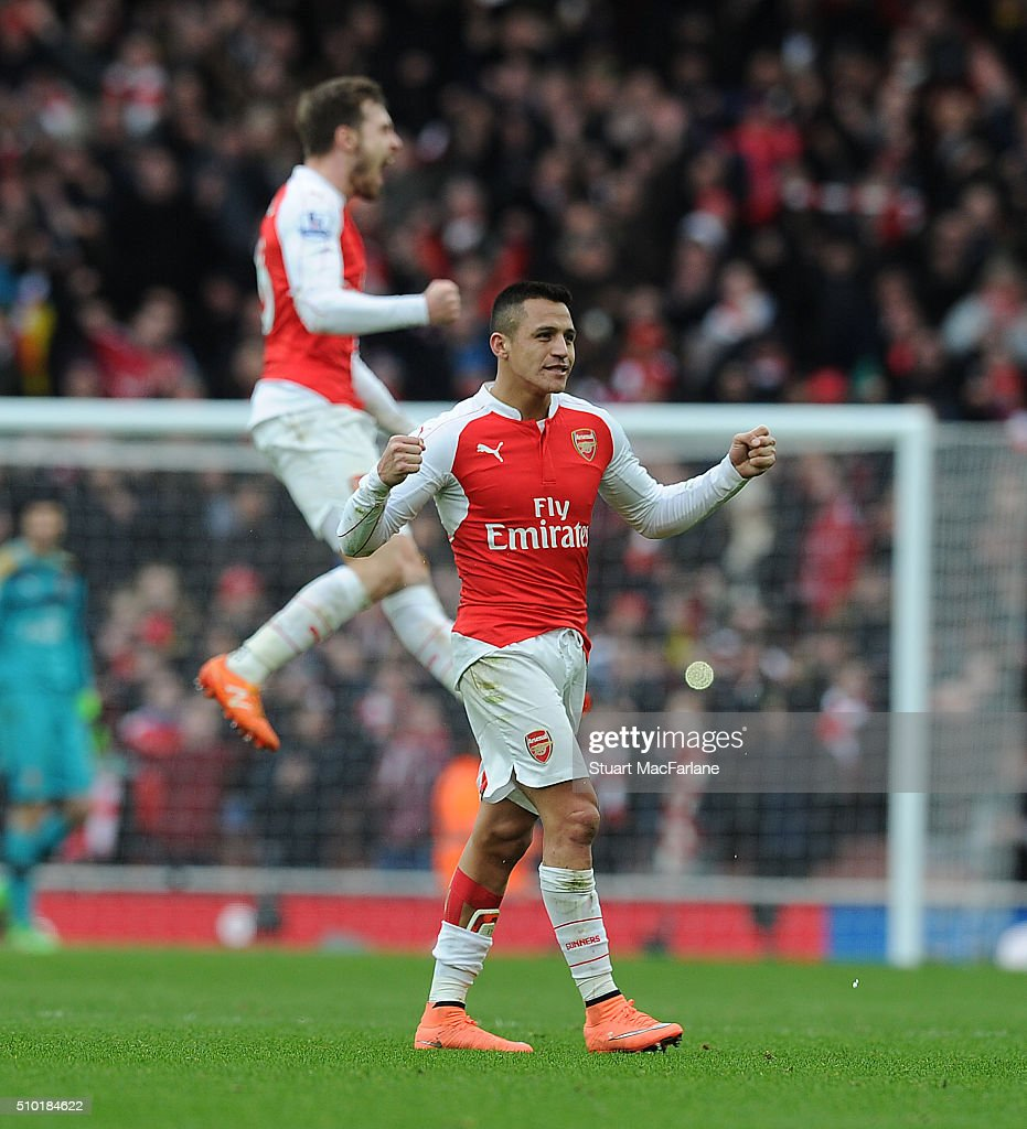 <a gi-track='captionPersonalityLinkClicked' href=/galleries/search?phrase=Alexis+Sanchez&family=editorial&specificpeople=5515162 ng-click='$event.stopPropagation()'>Alexis Sanchez</a> celebrates the Arsenal victory after the Barclays Premier League match between Arsenal and Leicester City at Emirates Stadium on February 14, 2016 in London, England.