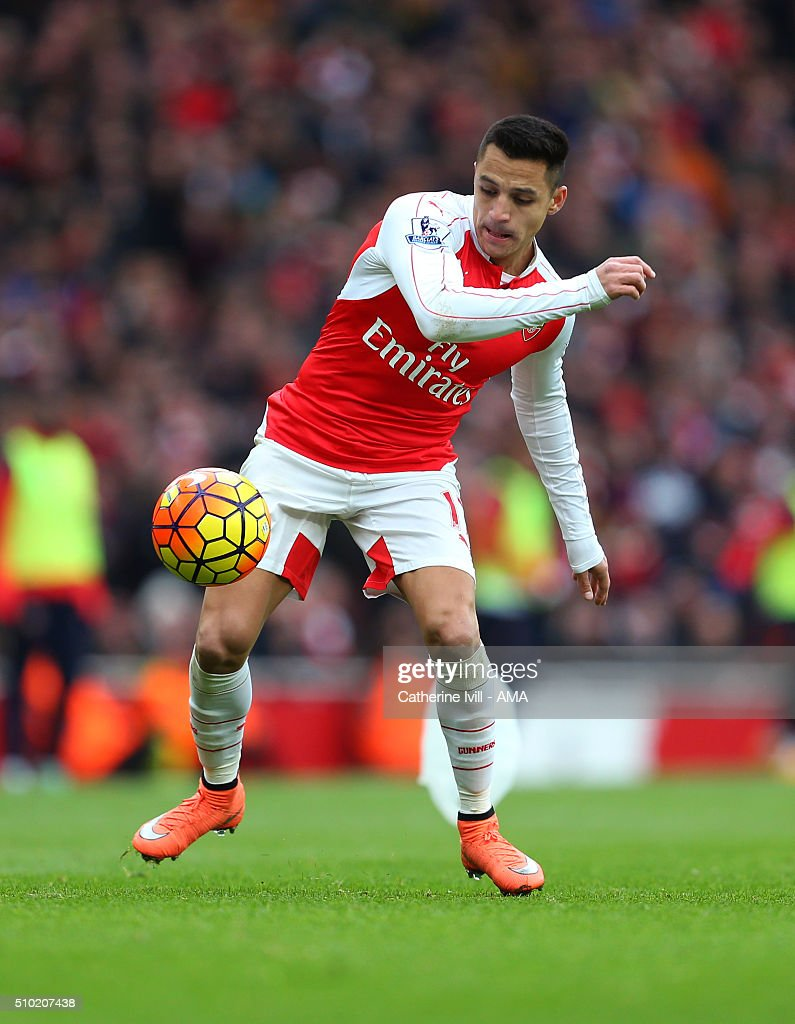 <a gi-track='captionPersonalityLinkClicked' href=/galleries/search?phrase=Alexis+Sanchez&family=editorial&specificpeople=5515162 ng-click='$event.stopPropagation()'>Alexis Sanchez</a> of Arsenal during the Barclays Premier League match between Arsenal and Leicester City at the Emirates Stadium on February 14, 2016 in London, England.