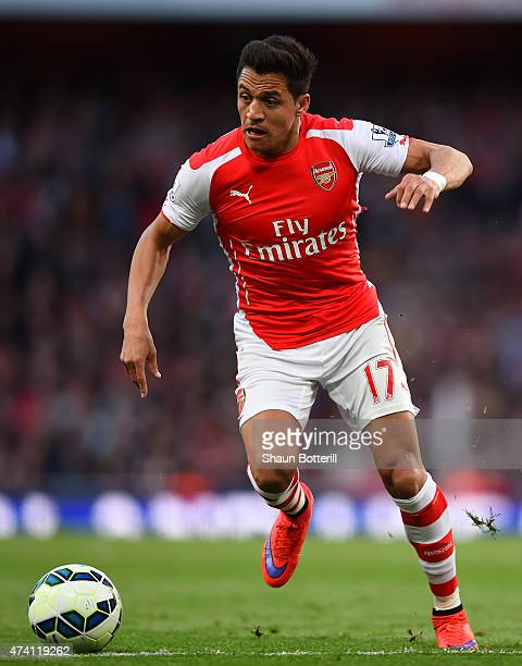 Alexis Sanchez of Arsenal in action during the Barclays Premier League match between Arsenal and Sunderland at Emirates Stadium on May 20 2015 in...