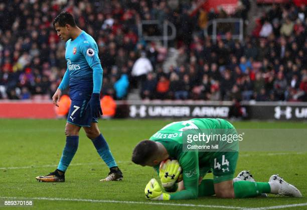 Alexis Sanchez of Arsenal reacts during the Premier League match between Southampton and Arsenal at St Mary's Stadium on December 9 2017 in...