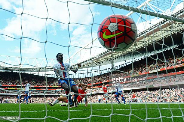 Alexis Sanchez of Arsenal scores the opening goal of the game during the Barclays Premier League match between Arsenal and Crystal Palace at the...