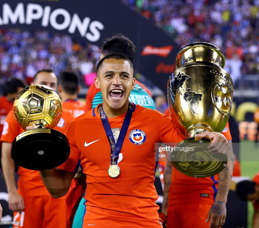 <a gi-track='captionPersonalityLinkClicked' href=/galleries/search?phrase=Alexis+Sanchez&family=editorial&specificpeople=5515162 ng-click='$event.stopPropagation()'>Alexis Sanchez</a> #7 of Chile celebrates the win over Argentina during the Copa America Centenario Championship match at MetLife Stadium on June 26, 2016 in East Rutherford, New Jersey.Chile defeated Argentina 0-0 with the 4-2 win in the shootout.