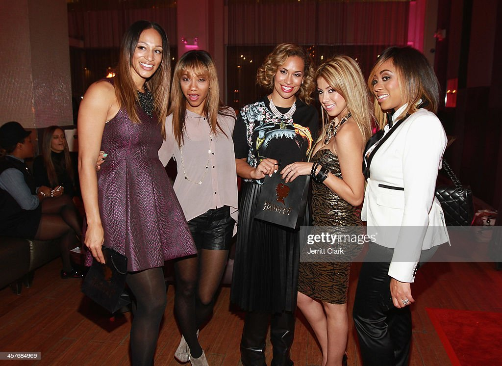 Alexis Stoudemire, Terricka Cromartie, Amber Sabathia, Pilar Vargas of Princess P Jewelry and Kijafa Vick attends the NBA & NFL Wives Holiday Cocktail Mixer at Pranna Restaurant on December 17, 2013 in New York City.