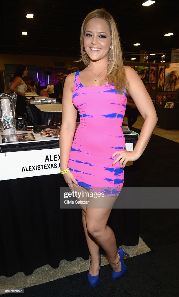 Alexis Texas attends Exxxotica Expo 2013 on May 31, 2013 in Fort Lauderdale, Florida.