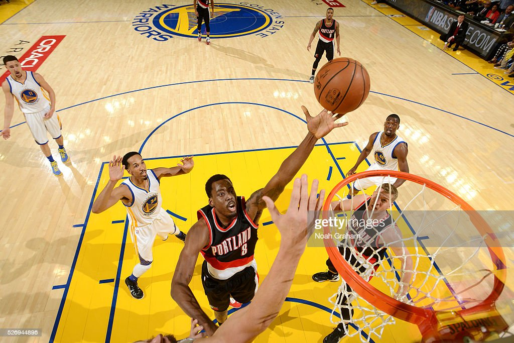 Al-Farouq Aminu #8 of the Portland Trail Blazers shoots a lay up during the game against the Golden State Warriors in Game One of the Western Conference Semifinals during the 2016 NBA Playoffs on May 1, 2016 at ORACLE Arena in Oakland, California.