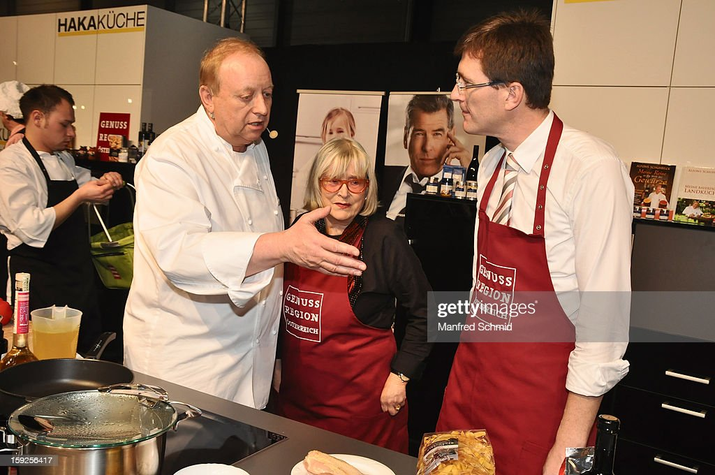 Alfons Schuhbeck, Emmy Werner and Alois Huber attend the cooking duel during the 3rd Cook & Look fair, a part of Vienna Holiday Fair, on January 10, 2013 in Vienna, Austria.