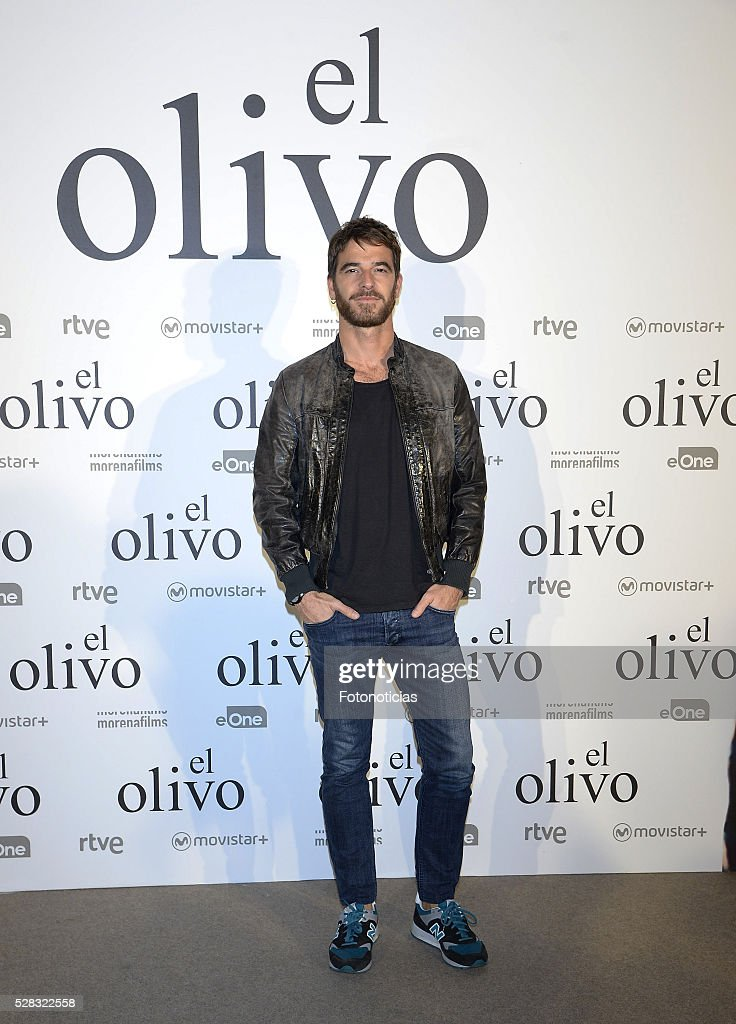 <a gi-track='captionPersonalityLinkClicked' href=/galleries/search?phrase=Alfonso+Bassave&family=editorial&specificpeople=5698573 ng-click='$event.stopPropagation()'>Alfonso Bassave</a> attends the premiere of 'El Olivo' at the Capitol cinema on May 4, 2016 in Madrid, Spain.