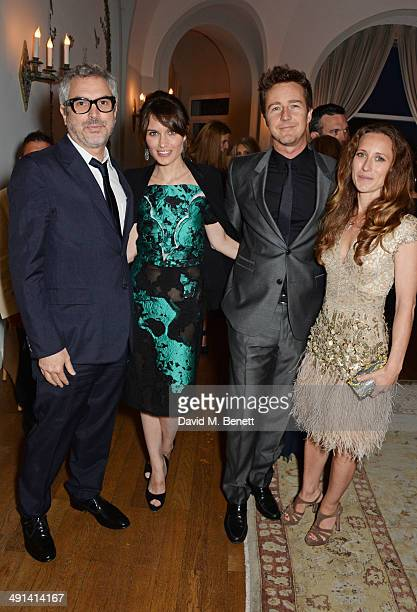 Alfonso Cuaron Sheherazade Goldsmith Edward Norton and Shauna Robertson attend the annual Charles Finch Filmmakers Dinner during the 67th Cannes Film...