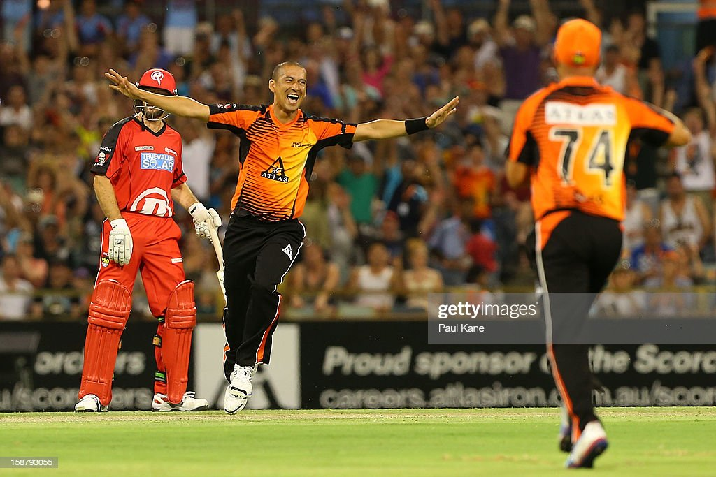 <a gi-track='captionPersonalityLinkClicked' href=/galleries/search?phrase=Alfonso+Thomas&family=editorial&specificpeople=2644222 ng-click='$event.stopPropagation()'>Alfonso Thomas</a> of the Scorchers celebrates dismissing Daniel Harris of the Renegades during the Big Bash League match between the Perth Scorchers and the Melbourne Renegads at WACA on December 29, 2012 in Perth, Australia.