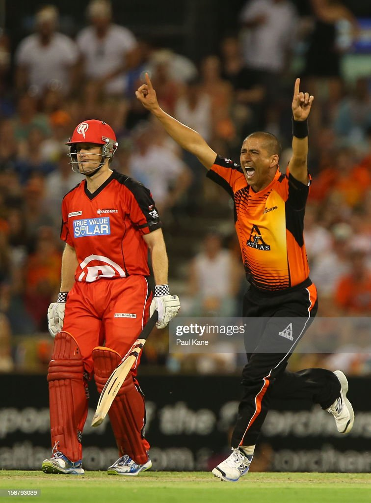 <a gi-track='captionPersonalityLinkClicked' href=/galleries/search?phrase=Alfonso+Thomas&family=editorial&specificpeople=2644222 ng-click='$event.stopPropagation()'>Alfonso Thomas</a> of the Scorchers celebrates dismissing Marion Samuels of the Renegades during the Big Bash League match between the Perth Scorchers and the Melbourne Renegads at WACA on December 29, 2012 in Perth, Australia.