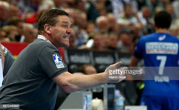 Alfred Gislason head coach of Kiel reacts during the DKB HBL Bundesliga match between THW Kiel and HSV Handball at Sparkassen Arena on November 15...