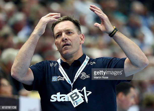 Alfred Gislason head coach of Kiel reacts during the DKB HBL Bundesliga match between THW Kiel and TSV HannoverBurgdorf at Sparkassen Arena on...