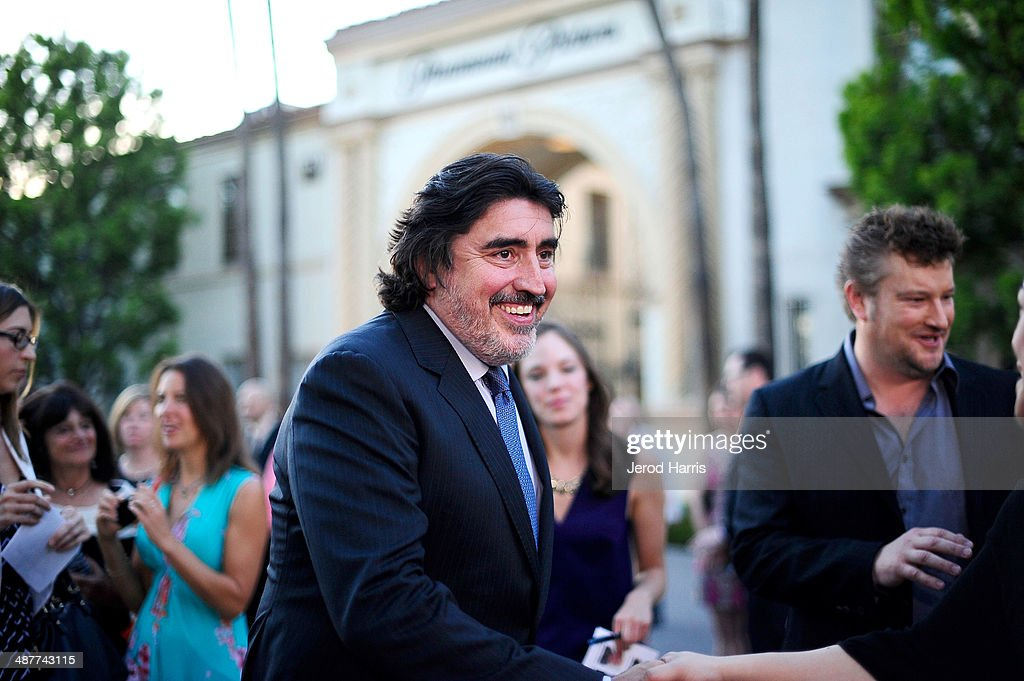 <a gi-track='captionPersonalityLinkClicked' href=/galleries/search?phrase=Alfred+Molina&family=editorial&specificpeople=211218 ng-click='$event.stopPropagation()'>Alfred Molina</a> arrives at the Premiere of Lifetime Television's 'Return To Zero' at Paramount Theater on the Paramount Studios lot on May 1, 2014 in Hollywood, California.