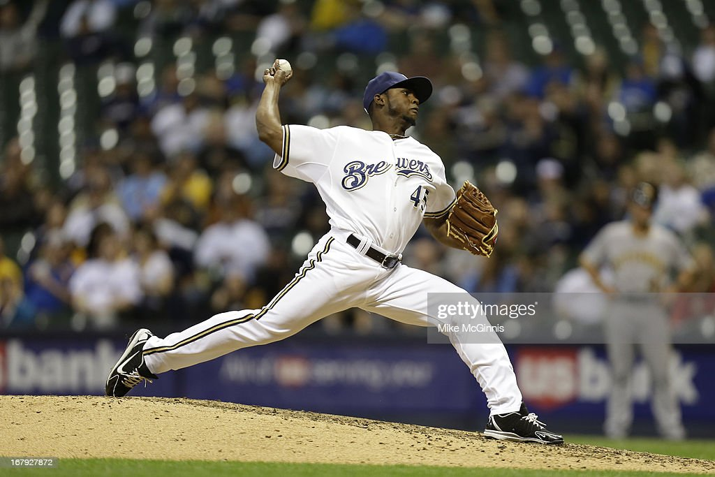 Alfredo Figaro #45 of the Milwaukee Brewers pitches against the Pittsburgh Pirates during the game at Miller Park on April 29, 2013 in Milwaukee, Wisconsin.