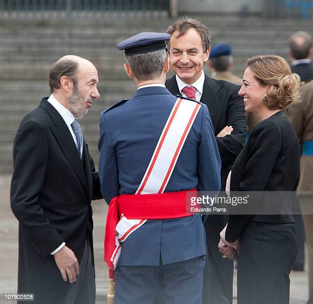 Alfredo Perez Rubalcaba JEMAD Jose Julio Rodriguez Jose Luis Rodriguez Zapatero and Carme Chacon attend the Pascua Militar ceremony at Royal Palace...