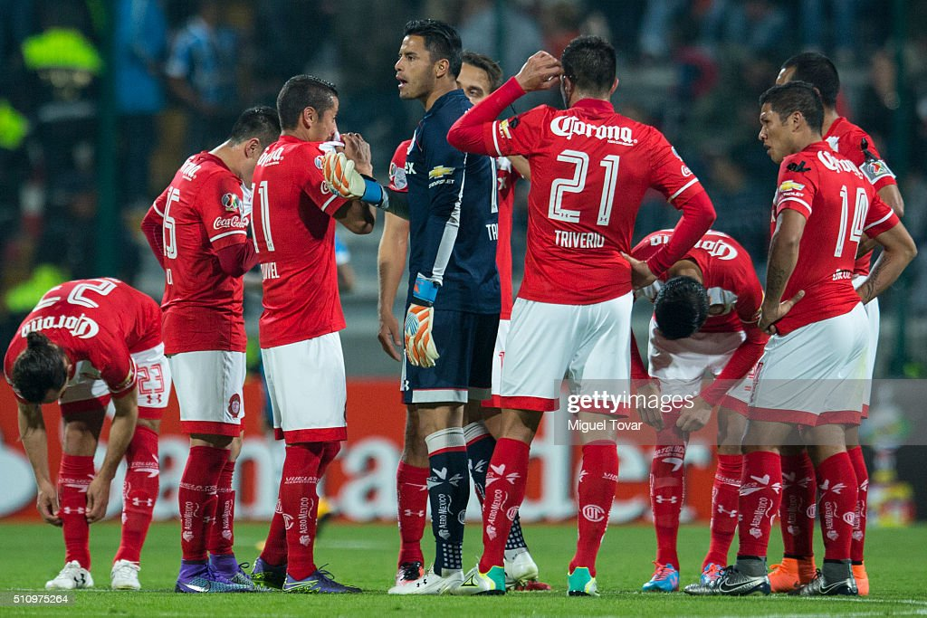 <a gi-track='captionPersonalityLinkClicked' href=/galleries/search?phrase=Alfredo+Talavera&family=editorial&specificpeople=697019 ng-click='$event.stopPropagation()'>Alfredo Talavera</a> goalkeeper of Toluca reacts during the group 6 match between Toluca and Gremio as part of Copa Libertadores 2016 at Nemesio Diez Stadium on February 17, 2016 in Toluca, Mexico.