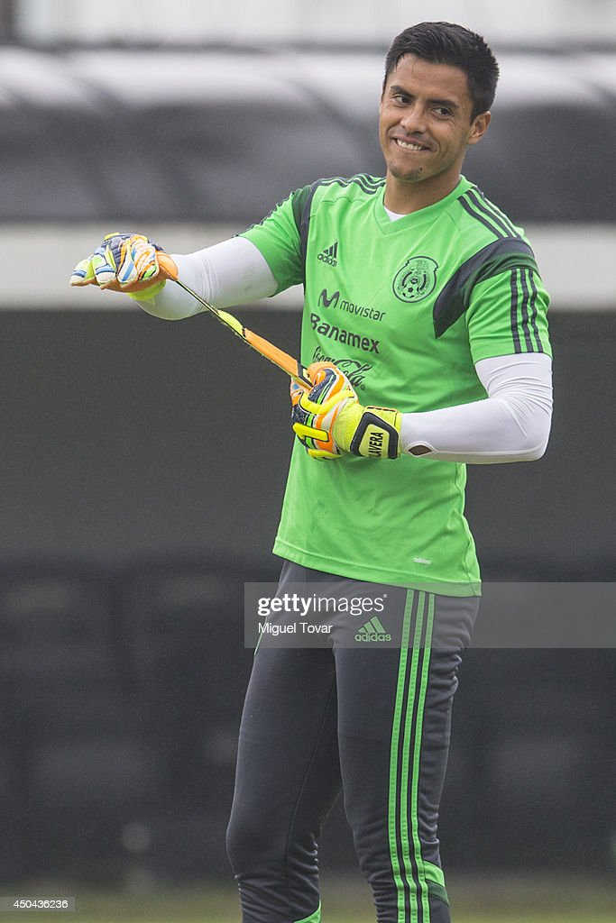 <a gi-track='captionPersonalityLinkClicked' href=/galleries/search?phrase=Alfredo+Talavera&family=editorial&specificpeople=697019 ng-click='$event.stopPropagation()'>Alfredo Talavera</a> of Mexico gets ready for a training session at O' Rei Pele Training Center on June 11, 2014 in Santos, Brazil.
