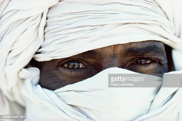 Algeria, Sahara, near Djanet, Tuareg tribesman, close-up