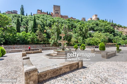 Alhambra from Paseo de los Tristes : Stock Photo