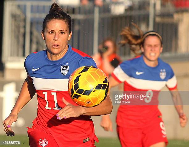 Ali Krieger of the United States chases the ball during a women's international friendly match between France and the United States June 19 2014 at...