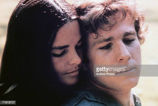 Ali MacGraw as Jennifer Cavalleri and Ryan O'Neal as Oliver Barrett IV in a scene from 'Love Story' directed by Arthur Hiller 1970